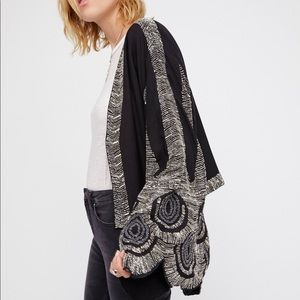 🌈Free People Feathered Kimono